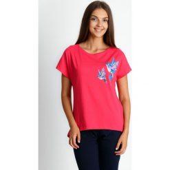 Trzyczęściowa piżama z ptakami ze spodniami 3/4 QUIOSQUE. Szare piżamy damskie marki QUIOSQUE, xl, w kolorowe wzory, z bawełny, z krótkim rękawem. Za 119,99 zł.
