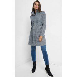 Żakardowy płaszcz z paskiem. Niebieskie płaszcze damskie pastelowe Orsay, w paski, z bawełny, eleganckie. Za 239,99 zł.