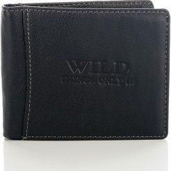 Czarny Skórzany portfel męski Wild things. Czarne portfele męskie Wild, z materiału. Za 66,00 zł.