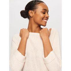 Swetry damskie: Sweter z miękkiej dzianiny - Różowy