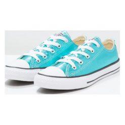 Converse CHUCK TAYLOR ALL STAR SEASONAL METALLICS OX Tenisówki i Trampki turquese. Niebieskie trampki dziewczęce marki Converse, z materiału, klasyczne. W wyprzedaży za 146,30 zł.