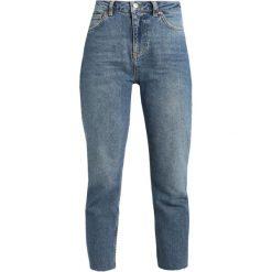 Boyfriendy damskie: Topshop Petite Jeansy Straight Leg blue