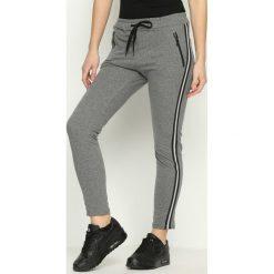 Spodnie damskie: Szare Spodnie Dresowe Sworn In