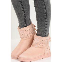 Buty zimowe damskie: Różowe Śniegowce Rent an Apartment