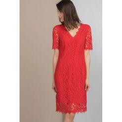 Sukienki: Wieczorowa sukienka z koronki