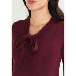 Swetry klasyczne damskie: mint&berry mom Sweter windsor wine