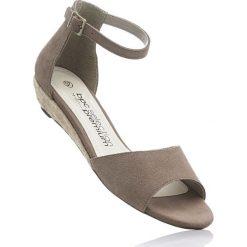 Espadryle skórzane na koturnie bonprix brunatny. Brązowe buty ślubne damskie bonprix, na koturnie. Za 54,99 zł.