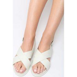 Białe Sandały Resourceful. Białe sandały damskie vices, na płaskiej podeszwie. Za 74,99 zł.