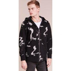 Neil Barrett BLACKBARRETT GLOBE CAMO HOODIE Bluza rozpinana black/silver reflective. Czarne bluzy męskie rozpinane Neil Barrett BLACKBARRETT, m, z bawełny. W wyprzedaży za 596,70 zł.