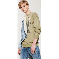 Bluzy męskie: Bluza z motywem - Zielony