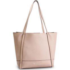 Torebka GUESS - HWVE7 176230 TAU. Brązowe torebki klasyczne damskie marki Guess, z aplikacjami, ze skóry ekologicznej. Za 629,00 zł.