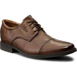 Półbuty CLARKS - Tilden Cap 261300967 Dark Tan Leather. Brązowe półbuty skórzane męskie marki Clarks. W wyprzedaży za 219,00 zł.