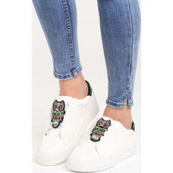 Białe Buty Sportowe Milion Lights. Białe buty sportowe damskie Born2be, z aplikacjami. Za 69,99 zł.