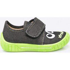 Superfit - Tenisówki dziecięce. Szare buty sportowe chłopięce Superfit, z gumy. W wyprzedaży za 89,90 zł.