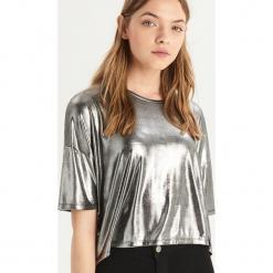 Błyszczący t-shirt - Srebrny. Szare t-shirty damskie Sinsay, l. Za 39,99 zł.