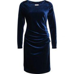 Kaffe KELLY Sukienka koktajlowa midnight marine. Niebieskie sukienki koktajlowe Kaffe, xs, z elastanu. Za 379,00 zł.