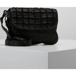 Legend SILVI Torba na ramię black. Czarne torebki klasyczne damskie Legend. Za 509,00 zł.