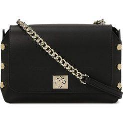Czarna torebka przez ramię damska. Czarne torebki klasyczne damskie marki Kazar, z aplikacjami, ze skóry. Za 599,00 zł.