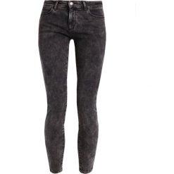 Rurki damskie: Wrangler Jeans Skinny Fit grey stone