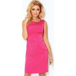 Malinowa Lśniąca Koktajlowa Sukienka z Wiązaniem. Różowe sukienki balowe marki numoco, l, z dekoltem w łódkę, oversize. Za 147,90 zł.