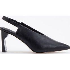 Czółenka z odkrytą piętą - Czarny. Czarne buty ślubne damskie Reserved. Za 119,99 zł.