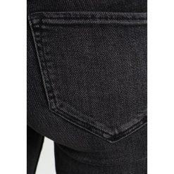 Boyfriendy damskie: AllSaints GRACE FRAY Jeans Skinny Fit washed black