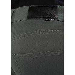Jeansy męskie regular: Religion HOLLOW Jeans Skinny Fit khaki
