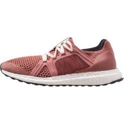 Adidas by Stella McCartney ULTRA BOOST Obuwie do biegania treningowe raw pink/coffee rose/core black. Czerwone buty do biegania damskie adidas by Stella McCartney, z materiału. Za 899,00 zł.