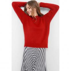 Sweter z wiązaniem z tyłu. Czarne swetry klasyczne damskie marki Orsay, xs, z bawełny, z dekoltem na plecach. Za 99,99 zł.