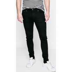 Jack & Jones - Jeansy Jjiliam. Czarne jeansy męskie skinny marki Jack & Jones, l, z bawełny, z klasycznym kołnierzykiem, z długim rękawem. W wyprzedaży za 139,90 zł.