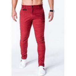 SPODNIE MĘSKIE CHINO P646 - BORDOWE. Czerwone chinosy męskie marki Ombre Clothing, z bawełny. Za 59,00 zł.