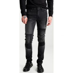 Only & Sons ONSLOOM PATCH Jeansy Slim Fit dark grey denim. Brązowe jeansy męskie relaxed fit marki Only & Sons, l, z poliesteru. W wyprzedaży za 161,85 zł.