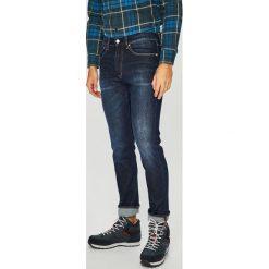 Calvin Klein Jeans - Jeansy CKJ 056. Niebieskie jeansy męskie regular Calvin Klein Jeans. Za 599,90 zł.
