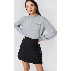 Bluzy rozpinane damskie: NA-KD Urban Bluza Cool Girl - Grey