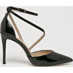 Guess Jeans - Szpilki. Czarne szpilki marki Elisabetta Franchi, eleganckie, na obcasie. Za 649,90 zł.