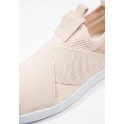 Adidas Originals SUPERSTAR SLIPON Półbuty wsuwane footwear white. Białe trampki damskie adidas superstar adidas Originals, z materiału, na niskim obcasie. Za 379,00 zł.