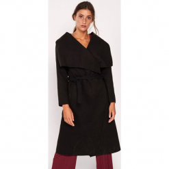 Płaszcz w kolorze czarnym. Czarne płaszcze damskie marki Dioxide, s. W wyprzedaży za 169,95 zł.