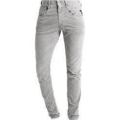 Replay ANBASS Jeansy Slim Fit grey denim. Szare rurki męskie marki Replay, z bawełny. W wyprzedaży za 412,30 zł.