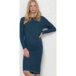 Długie sukienki: Sukienka swetrowa z wełny z merynosów