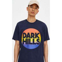 T-shirty męskie: Koszulka z wypukłym napisem