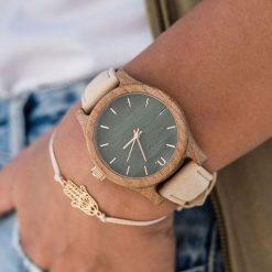 Zegarek Neat Zegarek damski wiąz drewniany zielono-złoty 38mm. Zielone zegarki damskie Neat, złote. Za 355,69 zł.