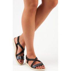 Płaskie sandały na sprzączkę vinceza EMILIA czarne. Czarne sandały damskie marki Vinceza, na płaskiej podeszwie. Za 69,90 zł.