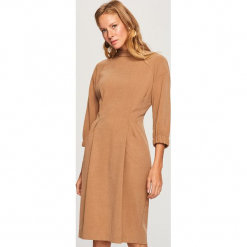 Sukienka w stylu retro - Beżowy. Brązowe sukienki Reserved, retro. Za 159,99 zł.