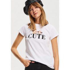 T-shirt z nadrukiem - Biały. Białe t-shirty damskie Reserved, m, z nadrukiem. Za 29,99 zł.