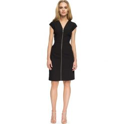 Czarna Dopasowana Sukienka z Długim Zamkiem. Czarne sukienki balowe marki bonprix, do pracy, w paski, moda ciążowa. Za 124,90 zł.