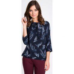 Bluzki asymetryczne: Granatowa bluzka z wiązanym dekoltem QUIOSQUE
