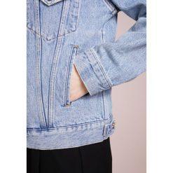 Agolde PRESTON Kurtka jeansowa blue denim. Niebieskie kurtki damskie jeansowe Agolde, l. W wyprzedaży za 413,70 zł.
