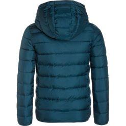 Roxy QUESTION REASON Kurtka zimowa petrol. Zielone kurtki chłopięce zimowe marki Roxy, z materiału. W wyprzedaży za 223,20 zł.