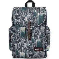 """Plecak """"Austin"""" w kolorze szaro-turkusowym - 34 x 42 x 11 cm. Niebieskie plecaki męskie Eastpak, w paski, z materiału. W wyprzedaży za 130,95 zł."""