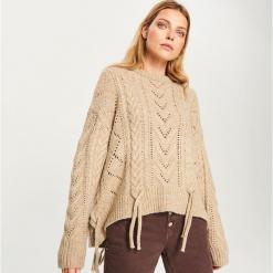 Ażurowy sweter - Beżowy. Brązowe swetry klasyczne damskie marki Vila, l, z elastanu. Za 139,99 zł.